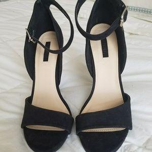 Forever 21 black strappy high heel
